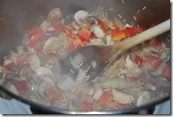 Mushroom-bell pepper-chicken soup (4)