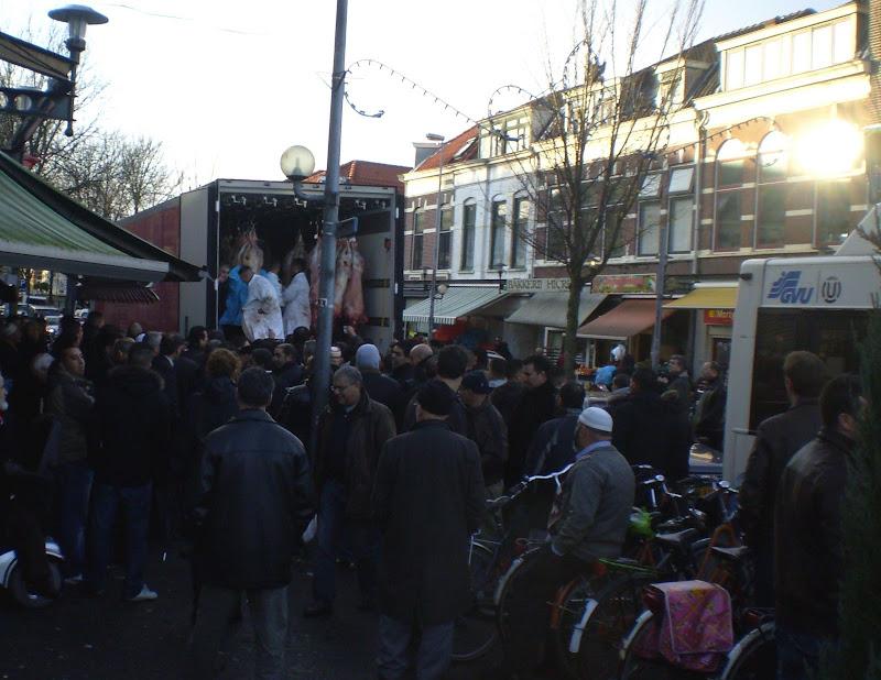 Avienos pirkimas Musulmonų aukojimo šventei Lombok, Utrecht, the Netherlands