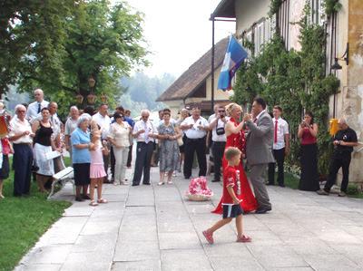 The wedding couple dance
