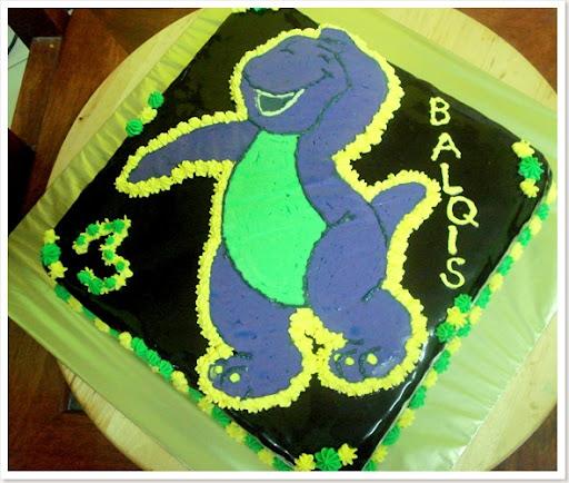 Barney cake2