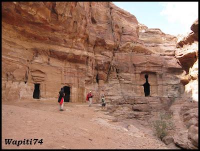 Jordanie : au pays des Nabatéens, des Grecs, des Croisés... et de Dame Nature ! 215%20Petra-%20descente%20Monastère