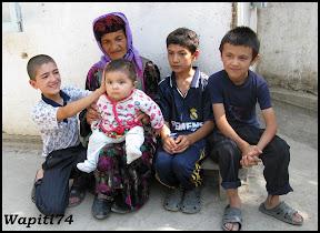 Sur les Routes de la Soie : Ouzbekistan et Tadjikistan - Page 3 116-Tadjikistan-chezhabitant