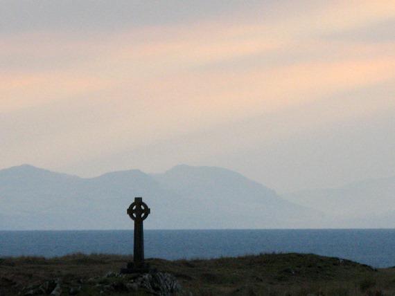 llandwyn cross