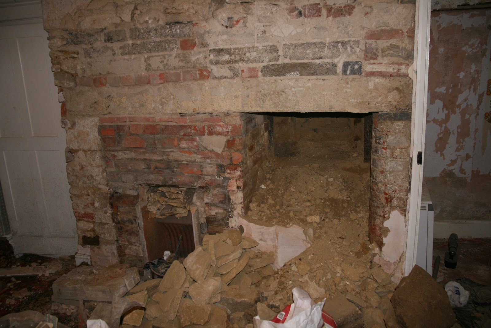 How to remove a chimney - What Is Behind That Huge Chimney Breast