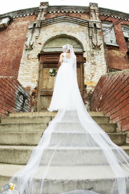 http://lh5.ggpht.com/_cw_q3_-KNXI/TTpYfFeG8VI/AAAAAAAABPU/C_6zbzlTmS4/s640/weds-4.jpg