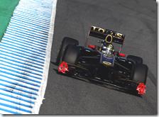 Heidfeld con la Renault-Lotus nei test di Jerez