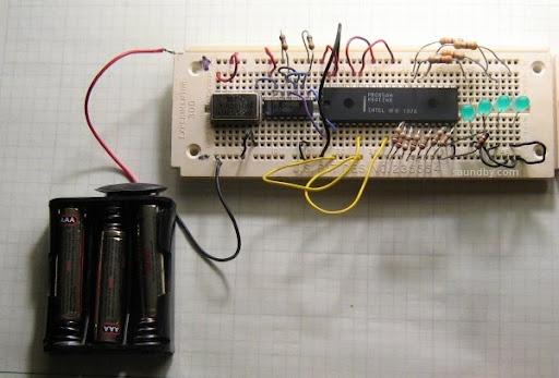 8085 circuit