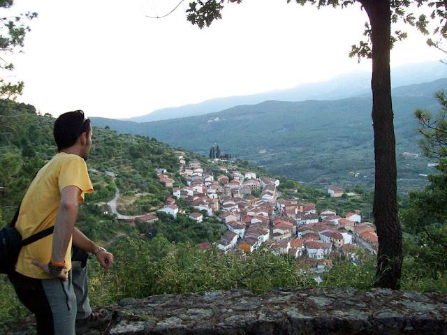 El país que nunca se acaba: Santa Cruz del Valle, un mirador con ...