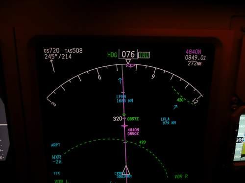 B773 720kts 01.JPG