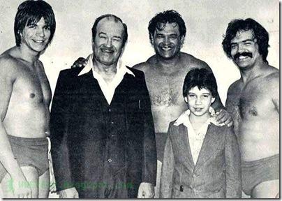 2.1 Eddie Guerrero family1