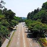 兼六園と金沢城を結ぶ橋の上から撮影。ここは以前、お堀だったそうな。