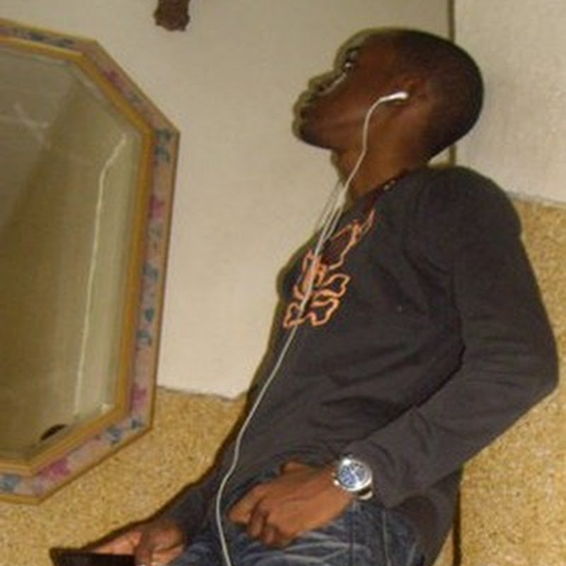 "Look 100 - Esse é Da Mwangolê ""Kuduro""[Download Track]"