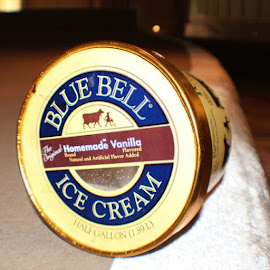 I found this, just like this, walking around the medical center by Lori Broussard - Instagram & Mobile Instagram ( bluebellicecream, icecream, bluebell, curb, bite, beyourself, canon, capture, canont3i, canonrebel, dip, everydayobjects, food, iamsober, lb, lperiodbperiod, medicalcenter, myphotography, pdap, sobrietyisfun )