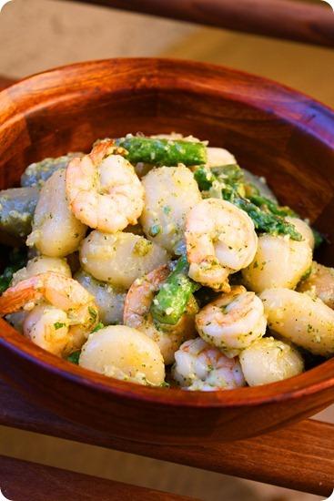 Shrimp Asparagus Pesto Gnocchi