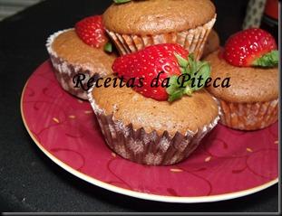Cupcakes de chocolate e morango 2