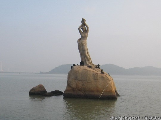 珠海漁女石雕像