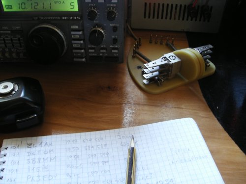 Working position with Icom ic-735