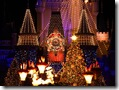 Christmas at Disney_Mickey family chorale 1024x768  desktop widescreen wallpaper