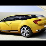Citroen C-SportLounge Concept 02.jpg