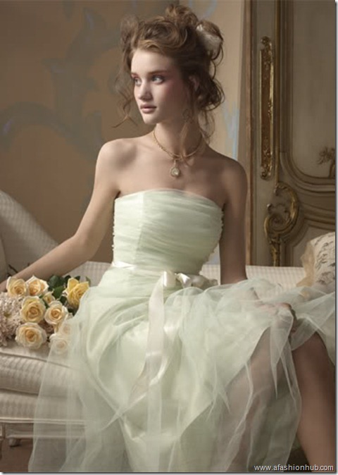 Rosie Huntington-Whiteley Alvina Valenta Bridal Collection (1)