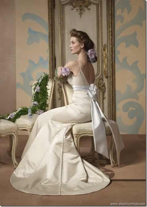 Rosie Huntington-Whiteley Alvina Valenta Bridal Collection (2)