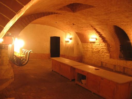 Екскурсія підземеллями Львова