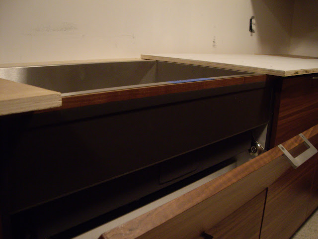 Temporary Countertop Options : my contracotr fashioned a temporary countertop out of plywood, so that ...