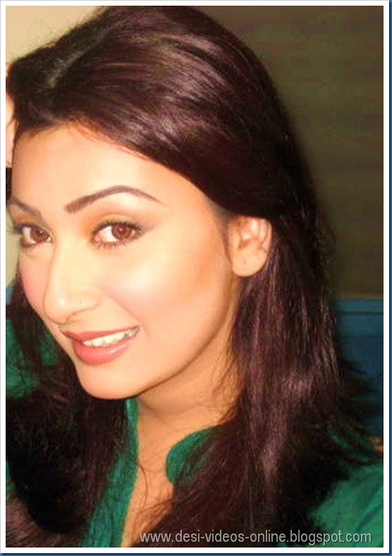 Hot-Ayesha-Khan1 (11)
