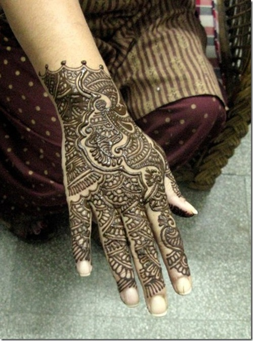 arabic-mehndi-design-7_thumb[1]