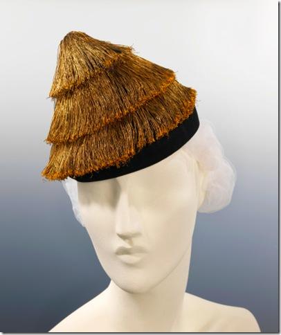 elsa hat4