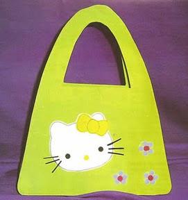 110a971c9 Cartera en goma eva con hello Kitty Manualidad para niñas