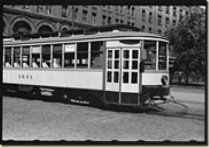 180px-Streetcar-Minneapolis-1939