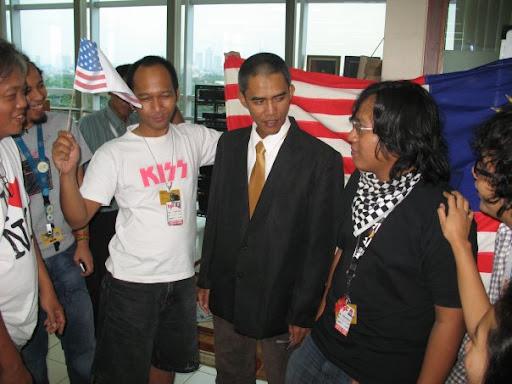 Obama clone/duplicate in Indonesia