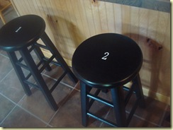 a room, garage, utility, stools 070