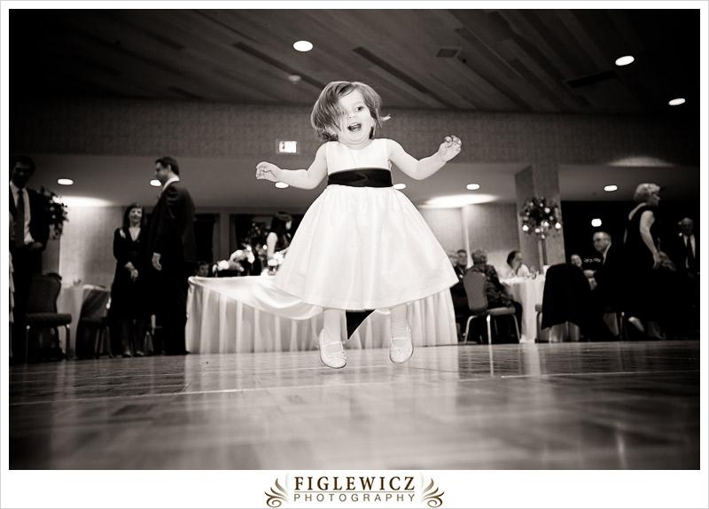 FiglewiczPhotography-AnneandPete-CrownPlaza-0099.jpg