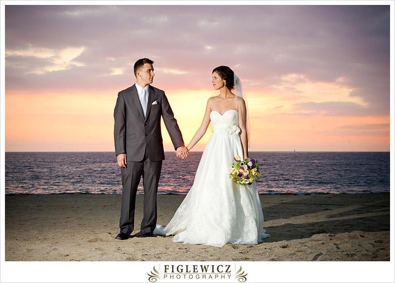 FiglewiczPhotography-AnneandPete-CrownPlaza-0067.jpg