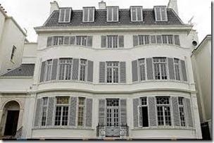 5.Elena Franchuk's Victorian Villa
