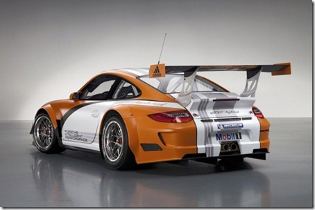2011-Porsche-911-GT3-R-Hybrid-Rear-Angle