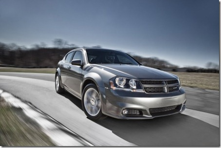 2012-Dodge-Avenger-RT-Front-Side