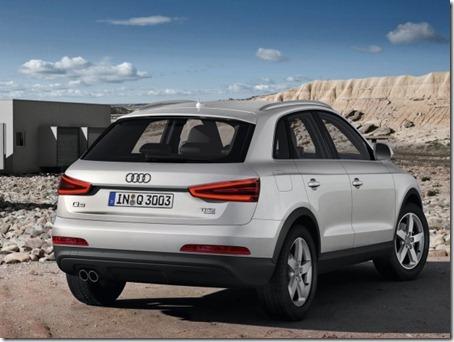 2012-Audi-Q3-Rear-Angle-View
