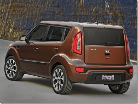 2012-Kia-Soul-Rear-Angle-View