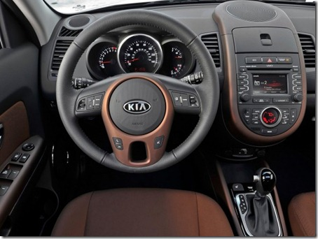 2012-Kia-Soul-Dashboard-View