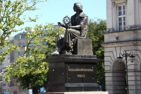 Pomnik Mikołaja Kopernika, Warszawa.