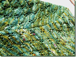 Shamrock shoulder seam