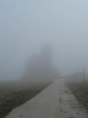 Obiekt we mgle