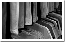 t-shirt-rack