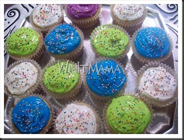WinItMama Tropical Cupcakes