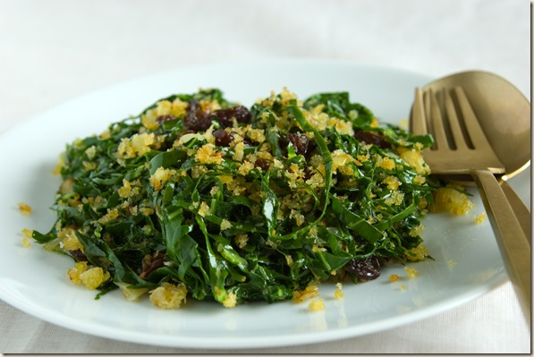 farofa-Sauteed Collard Greens with Panko and Raisins (Farofa de Couve