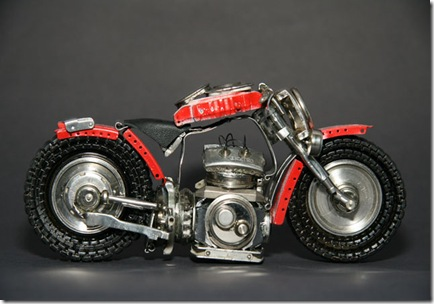 Wristwatch_motorcycle_replica4