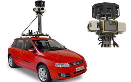 O carro e a câmera que capta em 360º graus